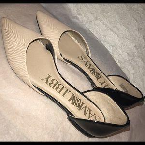 Sam & Libby Women's Pointed-Toe Flats